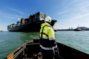 Port of Rotterdam remains operational in face of sticker government measures