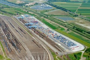 Kalmar signs service agreement with leading rail operator