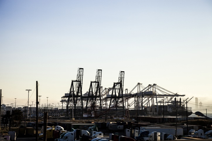Port of Oakland enjoys strong end to 2020