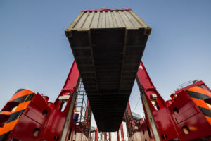 Kalmar awarded straddle carrier contract