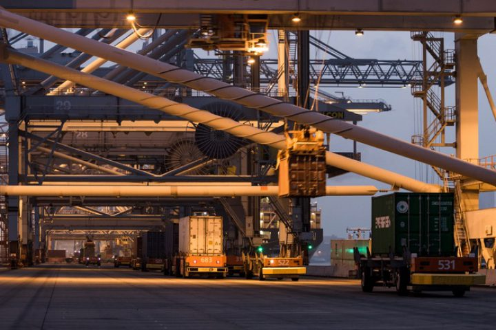 VDL to supply AGVs to Port of Rotterdam