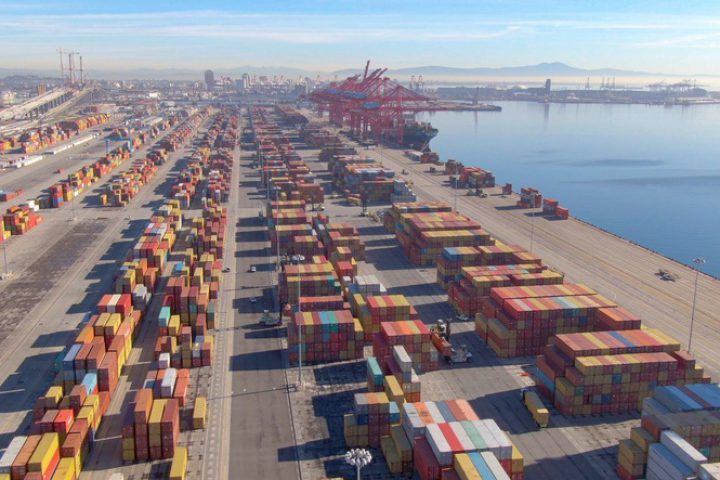 NRF urges vaccinations acceleration as ports brace for record volumes