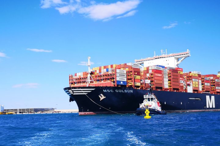 MSC Gulsun helps Valenciaport to new container movement record